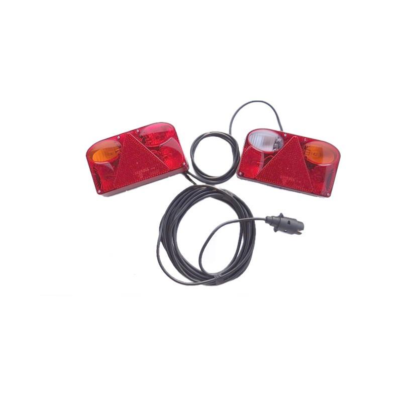 FT-088 PCOF BAJONET Lampa tylna,  prawa z trójkątem odblaskowym i światłem cofania A0898